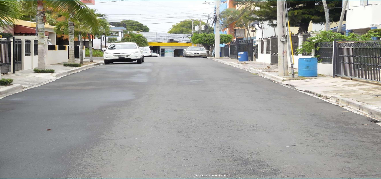 zCalle asfaltada