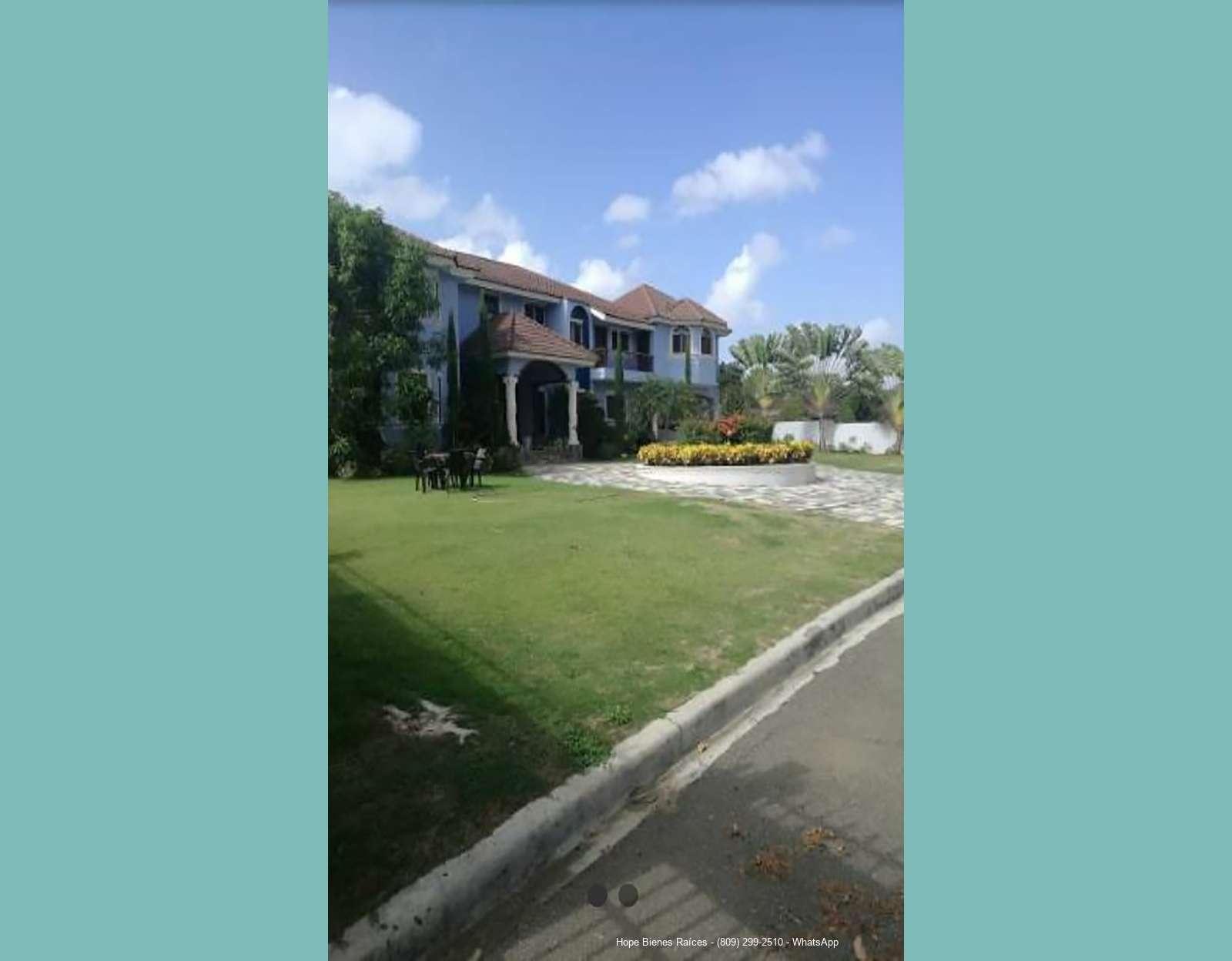 Vendo Hermosa y Amplia Residencia en Complejo Cerrado
