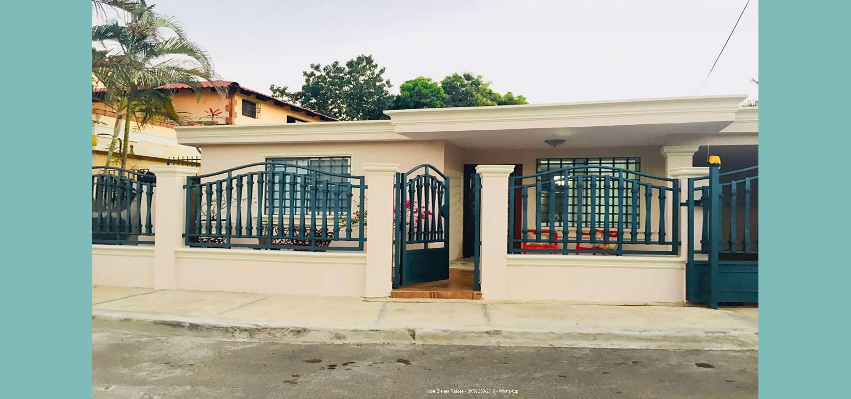 Vendo Casa en Reparto del Este