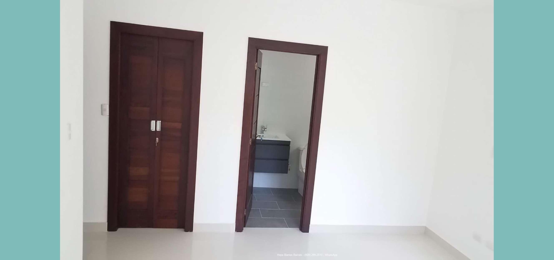 Baño y walkin closet