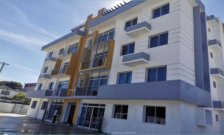 Vendo Apartamento 2do Nivel Nuevo en Las Damas