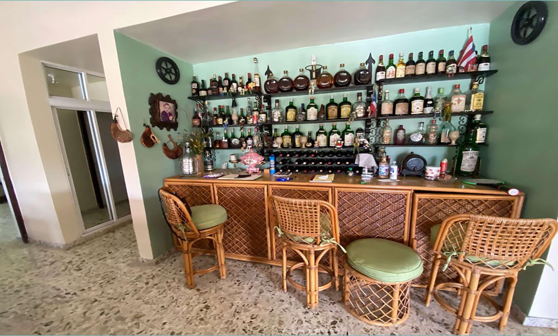 Bar en terraza 2do nivel
